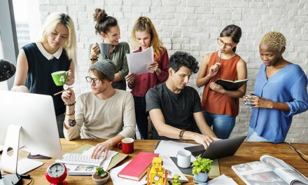 Como escolher uma agência de marketing que integre as ações on e offline?